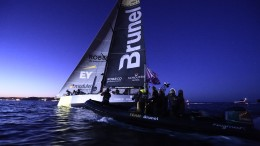 May 27, 2015. Team Brunel arrives to Lisbon in first position after Leg 7 from Newport.