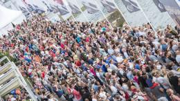 June 14, 2015. Big crowds at Volvo Ocean Race Village in Lorient Foto: Ricardo Pinto / Volvo Ocean Race