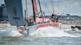 June 20, 2015. Racing resumes from the Pit-stop in The Hague during Leg 9 to Gothenburg. Dongfeng Race Team Foto: Ricardo Pinto / Volvo Ocean Race