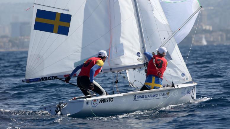 470 class world championship 2015 - day 4 Anton Dahlberg/Fredrik Bergstrom (SWE)  AQUAZOOM/Ronan Topelberg